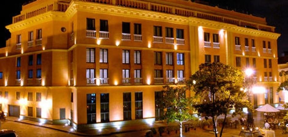 Fachada Fuente hotelcharlestonsantateresa com